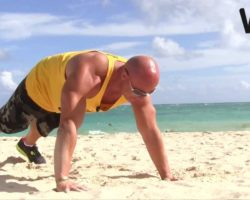 mr.universe paul wilk chest/shoulders/triceps bodyweight beach workout