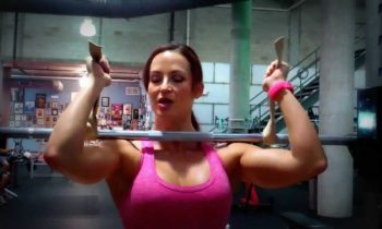 Front squats – three ways to hold the bar